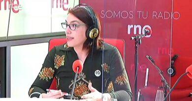 Florencia Claes en RNE